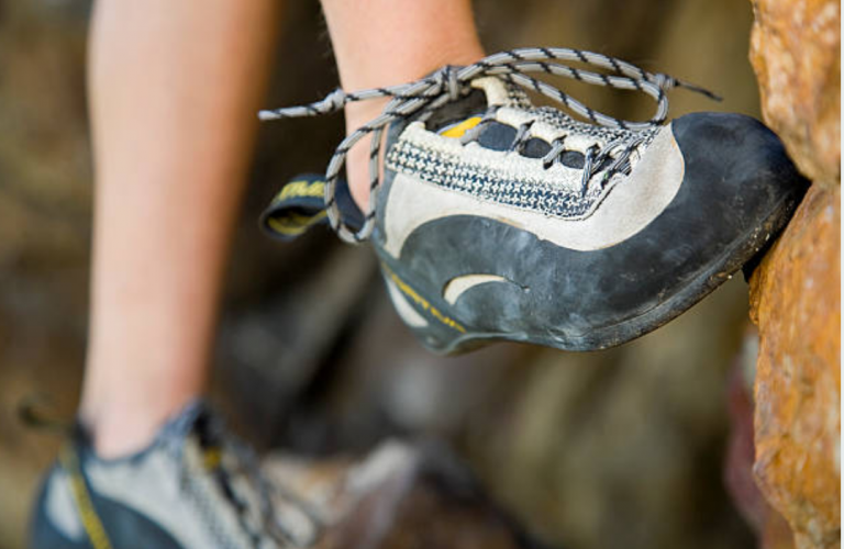 Aggressive Climbing Shoes And Why They are Great for Bouldering